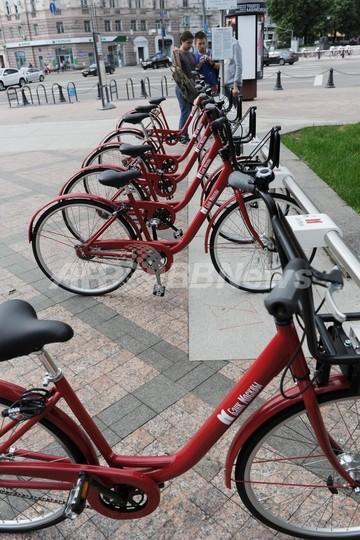 自転車シェアリングサービス始まる、モスクワ
