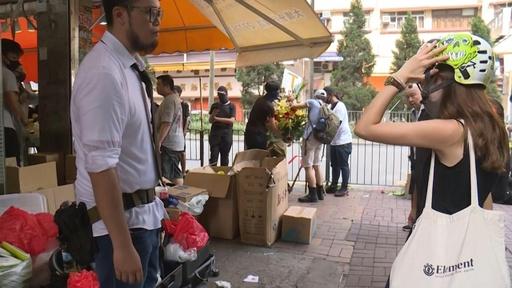 動画:香港の若者に人気のポップアップ店、売れ筋はガスマスクやヘルメット
