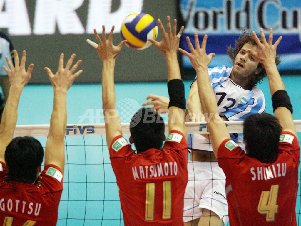 日本 アルゼンチンをストレートで降して2勝目を挙げる