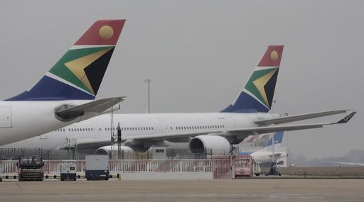 南ア航空のベテランパイロット、旅客機の無免許操縦で逮捕