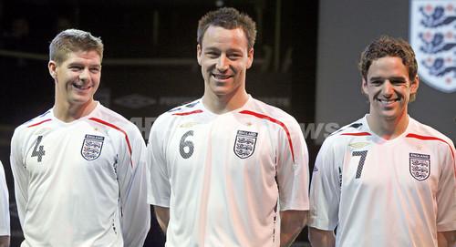 サッカー イングランド代表 ユニフォーム 歴代