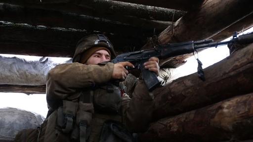 動画:ウクライナ東部、親ロシア派武装勢力との戦闘続く
