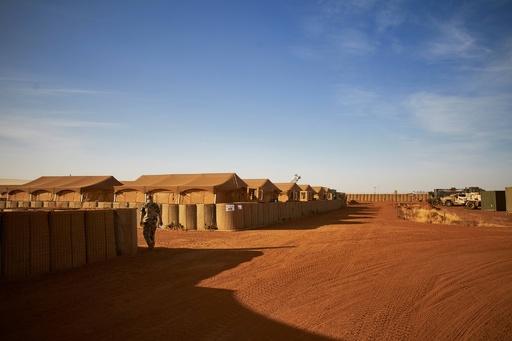 マリ北部で軍駐屯地襲撃、兵士14人死亡 イスラム過激派の犯行か