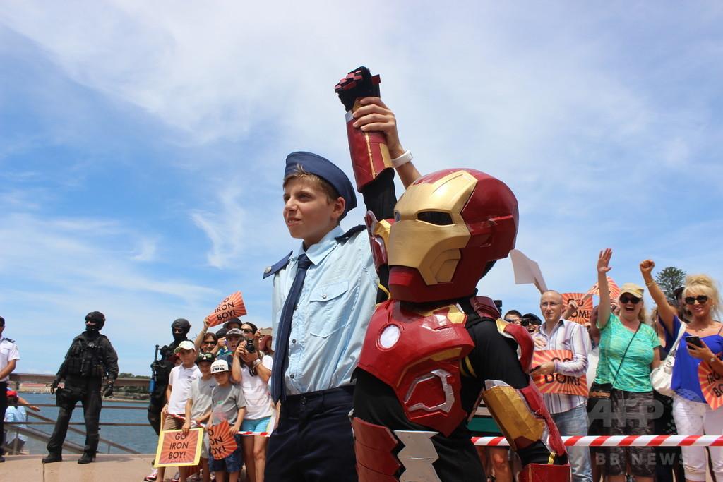 難病の豪少年が「アイアンボーイ」に、夢かなえシドニー救う