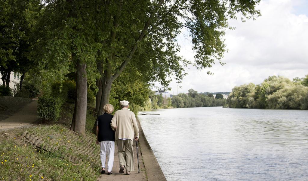 高齢者、1日30分の運動が長寿の秘訣 ノルウェー