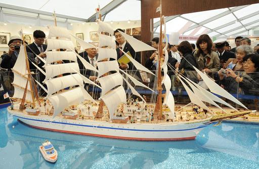 姫路菓子博2008内覧会、開幕は18日