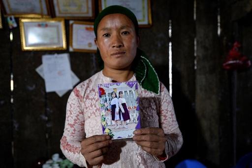 中国で児童婚の花嫁に、行方不明の娘を必死に捜す母親たち ベトナム