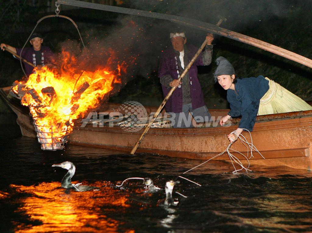宇治川で鵜飼いシーズン始まる