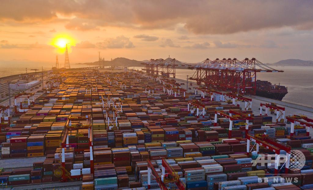 効率化の「神話」をつくる上海の「AI無人港」