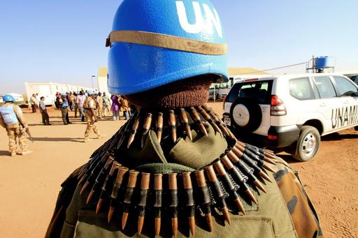 2万人が新たに避難、スーダン・ダルフール地方 放火や略奪も
