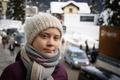 スウェーデンの16歳少女、気候変動対策訴えダボス会議で注目
