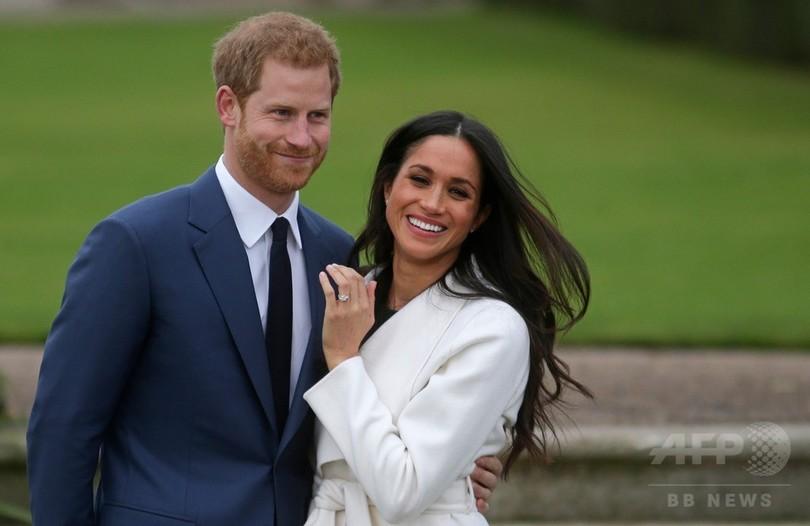 ヘンリー王子、マークルさんに「一目ぼれ」 婚約指輪に母のダイヤ