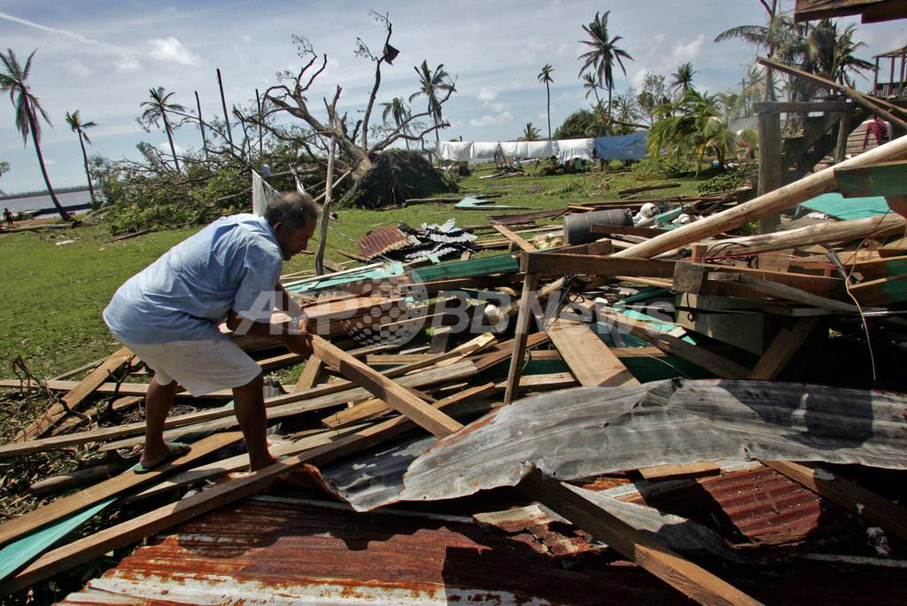 中米のハリケーン死者100人越す、洪水と土砂崩れの危険も