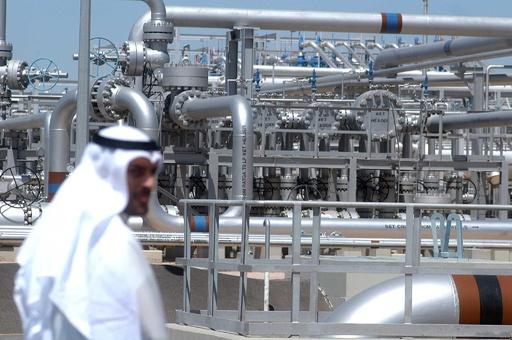 クリーンエネルギーへの移行、石油依存から抜け出せない湾岸諸国