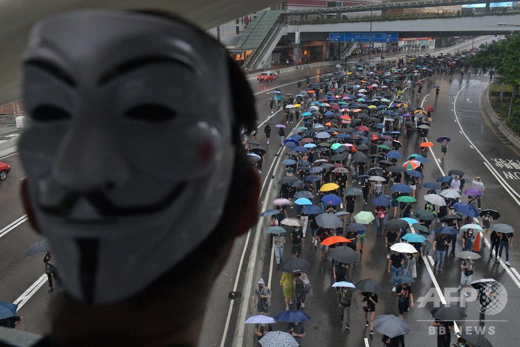 ネットでさらされる民主派の個人情報 背後に中国政府か 香港