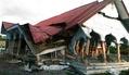 インドネシアの地震、死者25人に 数百人が負傷か