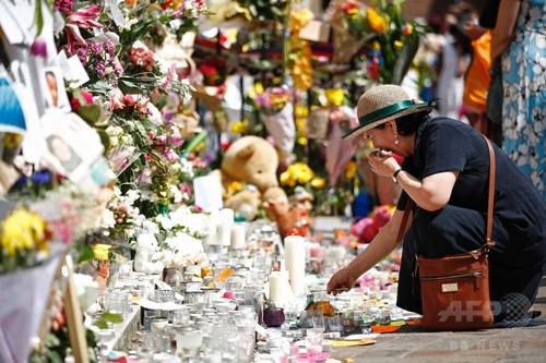 高層住宅火災、58人死亡と推定 ロンドン警視庁