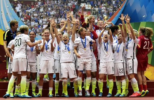サッカー米国女子、性差別解消求め連盟を提訴