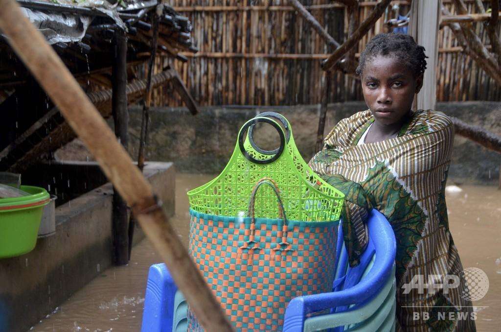 サイクロン「ケネス」の死者38人に 家屋3万5000棟損壊 モザンビーク