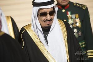 サウジ新国王、内閣改造で独自色 前国王の息子ら解任