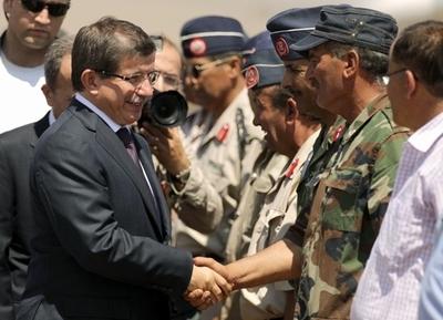 トルコ、リビア反体制派を正当な代表として承認
