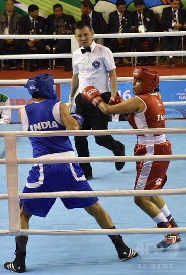 パキスタン女子ボクシング代表、...