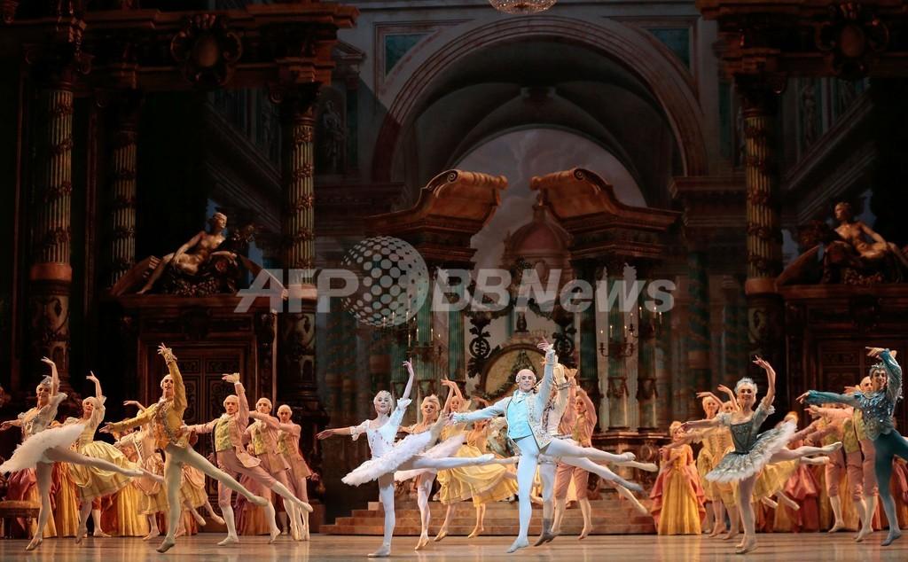 バレエ「眠れる森の美女」、初日に向けてリハーサル