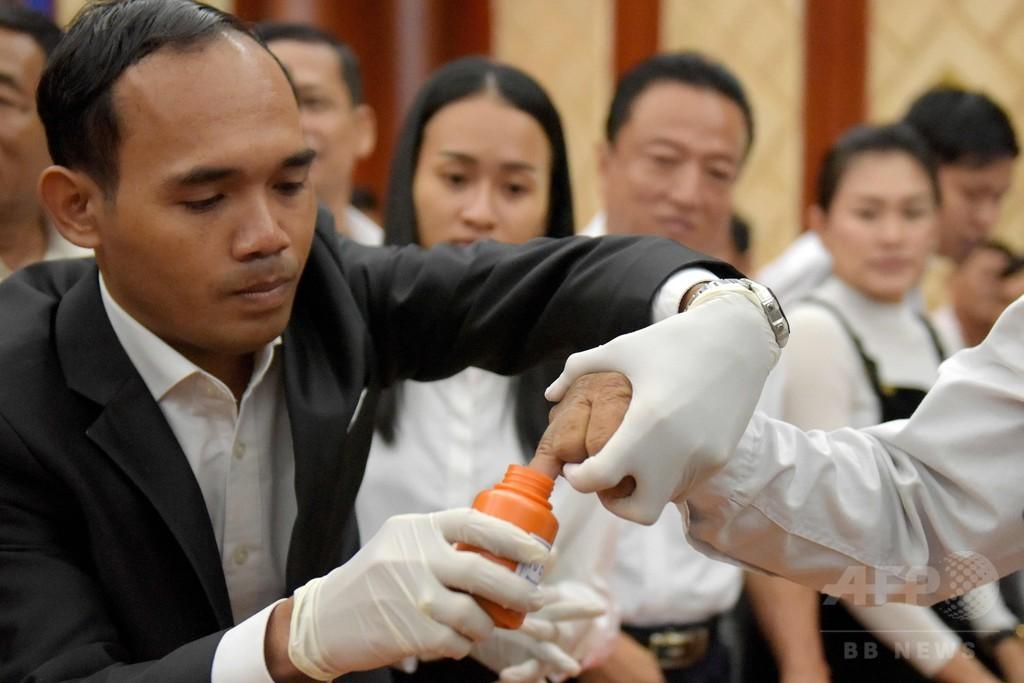 カンボジア選管、総選挙の棄権呼び掛けは「犯罪」 法的措置も