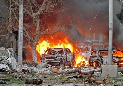 ソマリア首都でホテル襲撃、議員ら10人死亡 過激派が犯行声明