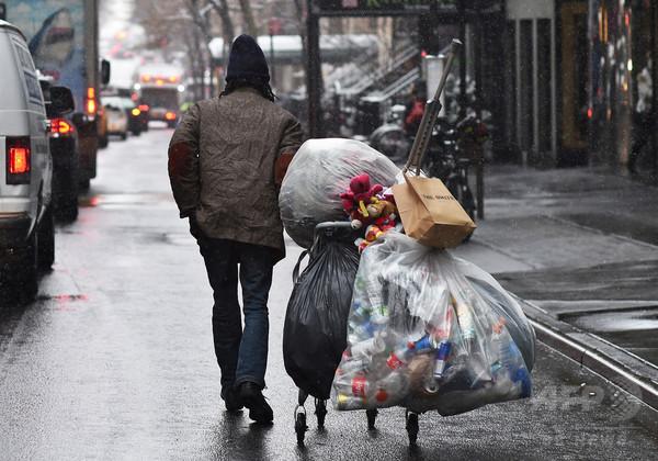 米の最富裕層、最貧困層より15年近く長生き 大規模調査