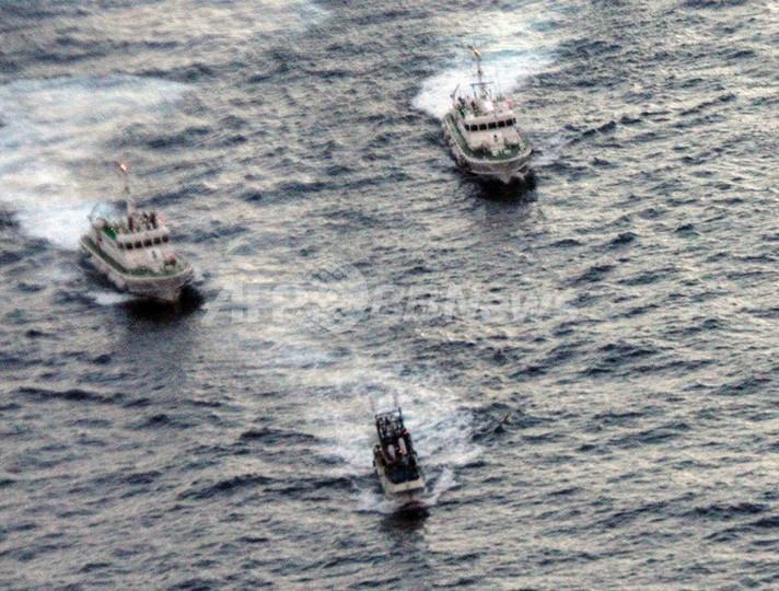 尖閣諸島付近でにらみ合いの抗議船、台湾へ引き返す