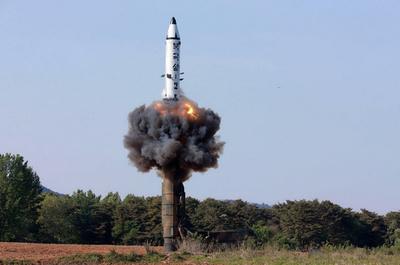 北朝鮮、長距離ミサイル基地を増強 CNN報道