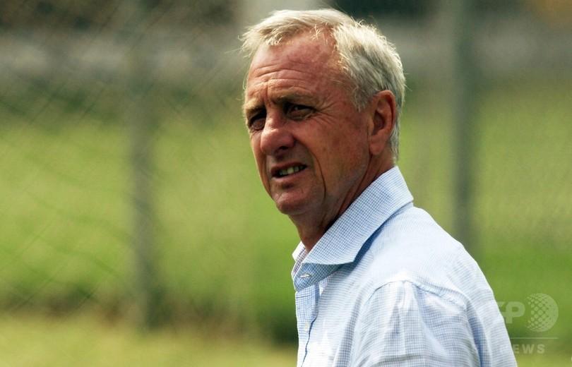 元オランダ代表の名選手クライフ氏、肺がんのため68歳で死去