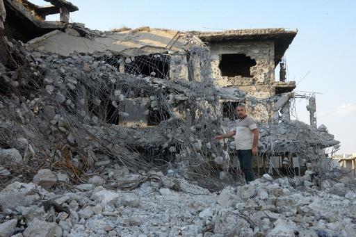 「盛大な祝い」を IS最高指導者殺害に安堵するモスル住民