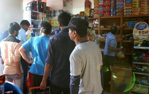 カタール断交、市民生活にも影響 住民が食品など買いだめ