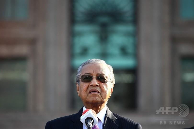 マレーシア新首相、シンガポールとの高速鉄道計画を中止