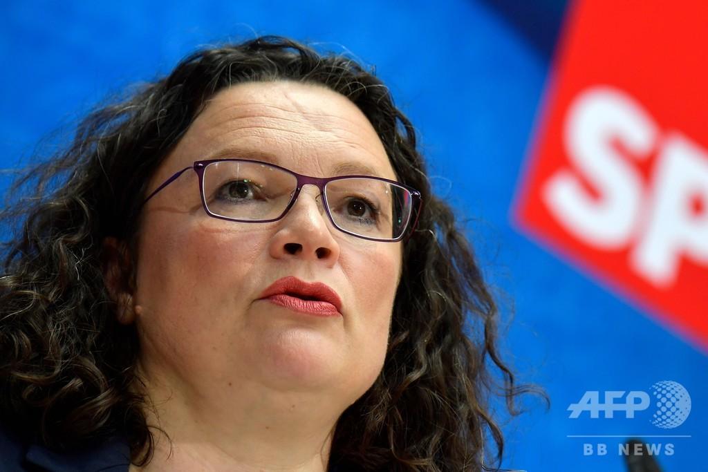 ドイツ社会民主党、ナーレス党首が辞意表明 メルケル首相 連立崩壊の臆測打ち消し