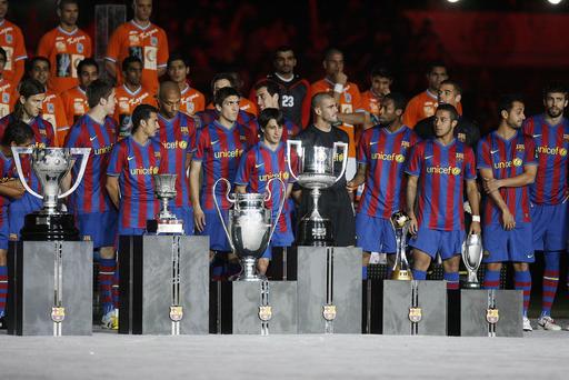 FCバルセロナ 親善試合でカズマSCに勝利