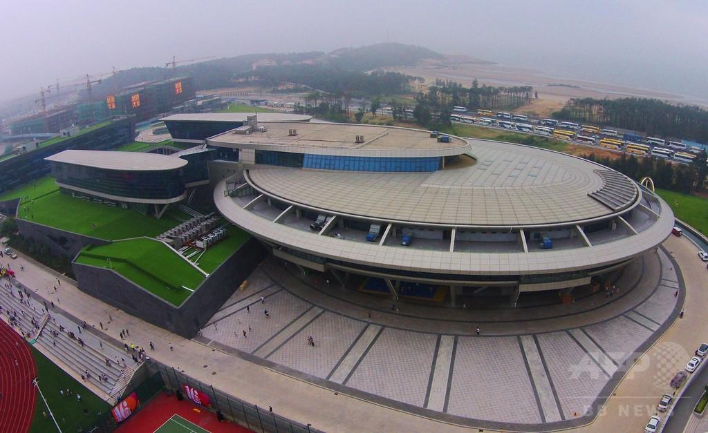 エンタープライズ号そっくりのビル、中国富豪が建設