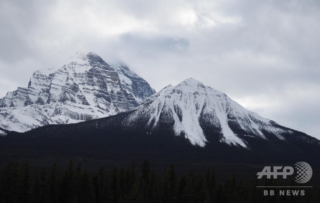 雪崩で行方不明の登山家3人、遺体で発見 カナダ国立公園