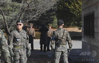 韓国、軍事境界線から兵員の一部撤収を検討「信頼醸成措置」で