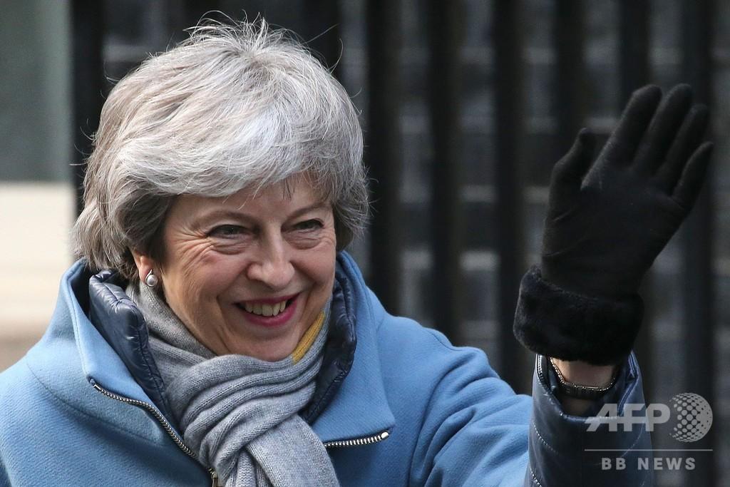 英議会、EU離脱延期を可決 協定案は再採決へ