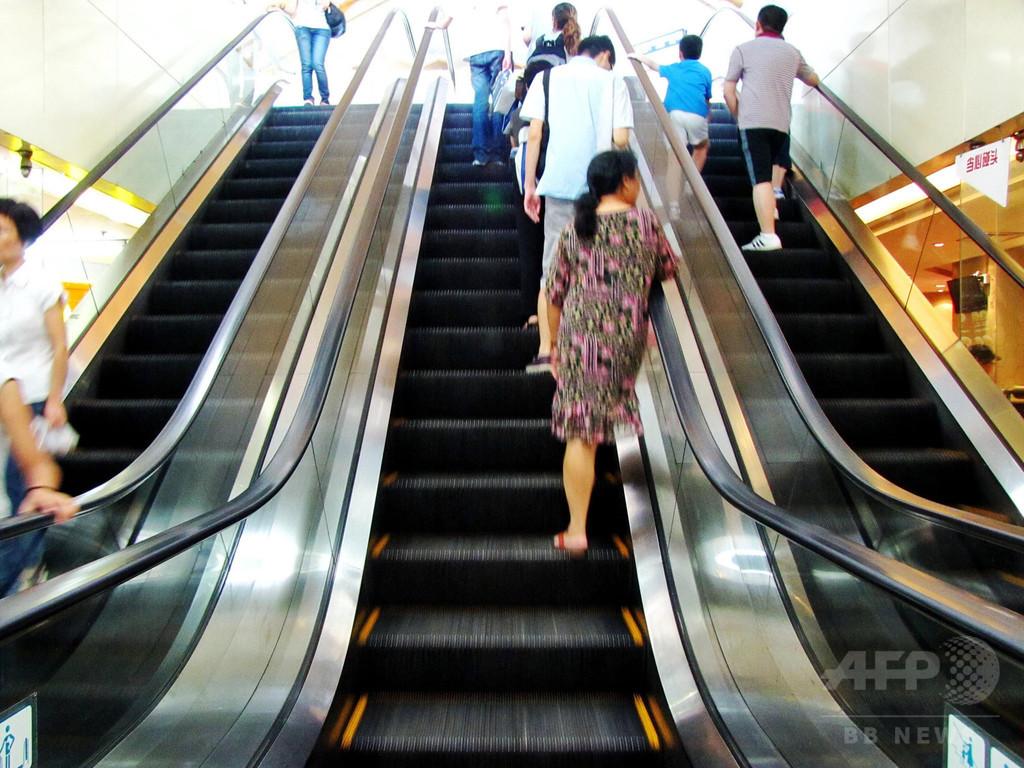 エスカレーター「片側空け」を廃止へ 広州地下鉄