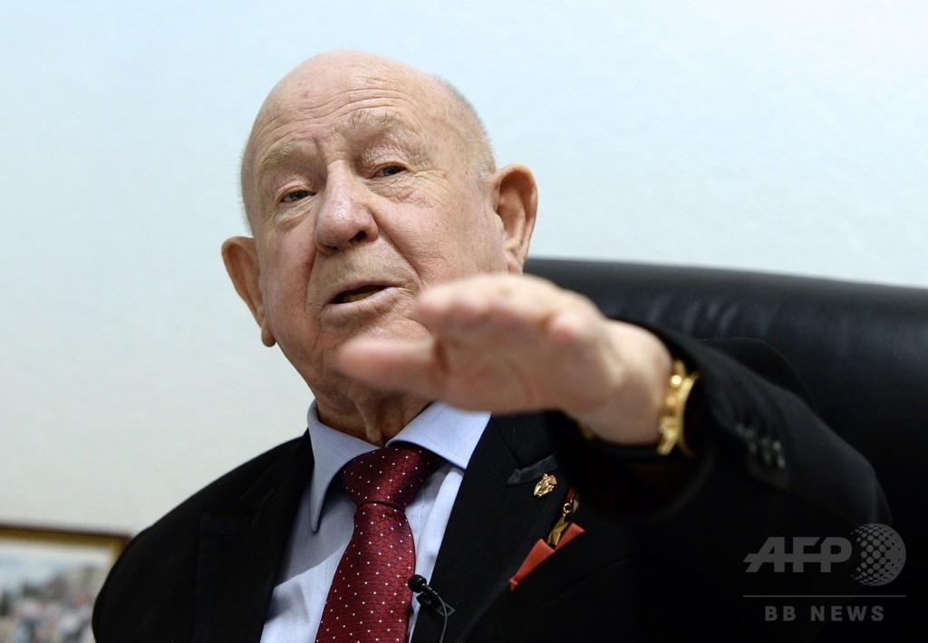 「畏敬と恐怖」人類初の宇宙遊泳、ロシア人元宇宙飛行士が語る