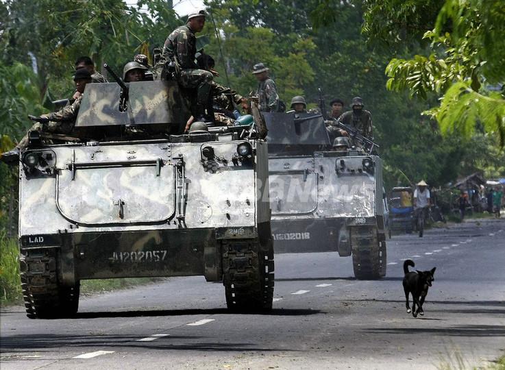 知事選届け出の一行21人殺害、フィリピン