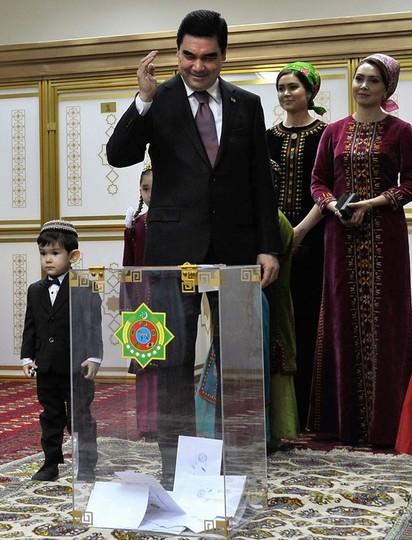 トルクメニスタン大統領選、得票...