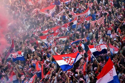 悔しさと誇らしさの入り交じった準優勝、クロアチア国民は「英雄」を祝福