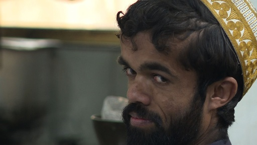 動画:ティリオン・ラニスターのそっくりさんがパキスタンに