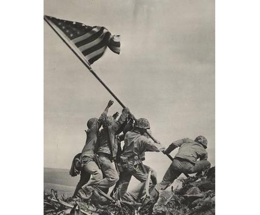 硫黄島に星条旗掲げる米兵の写真、また人違いが発覚