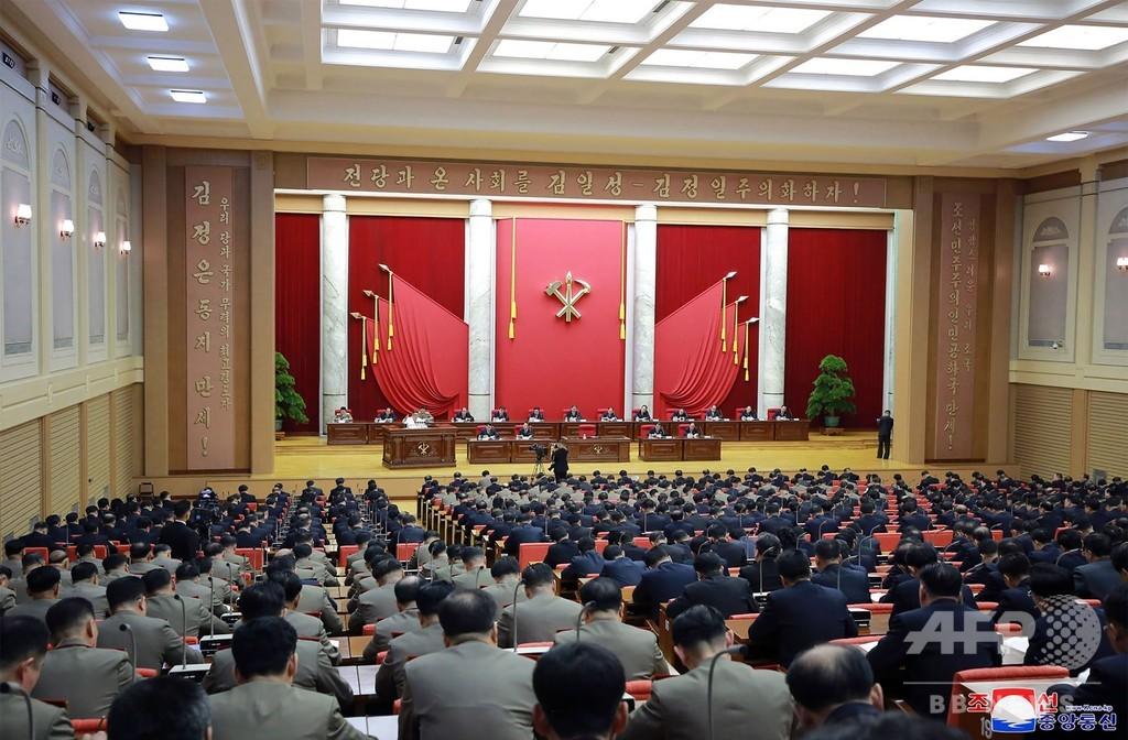 金正恩氏、「軍事的な対応措置」を指示 党総会で7時間演説